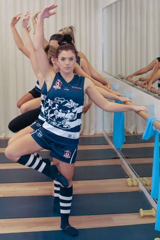 Lillian Gross is a key player in the new Women's football league with the Broadbeach Cats. Aleenta BARRE has had Lillian and the Cats attending weekly sessions during pre-season to work on muscle and core strength. Here Lillian tells us about her journey into football and barre...