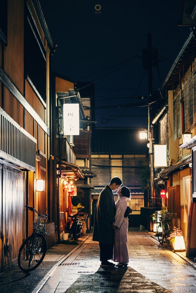 In the serenity of Kyoto tonight, only the moon light and small lamps that brighten us here. Thank you for coming to keep me warm in the middle of this coldy city.  Thank God for sending a man that holds me, protects me, and be a leader to my future.  Courtsey from Kezia and Yusin Prewedding Location Hanamikoji, Gion, Kyoto . . Photograph by @alvinfauzie . . Check our website for the other photos at www.alvinphotography.co.id  #japanprewedding #japanweddingphotographer #kyoto…