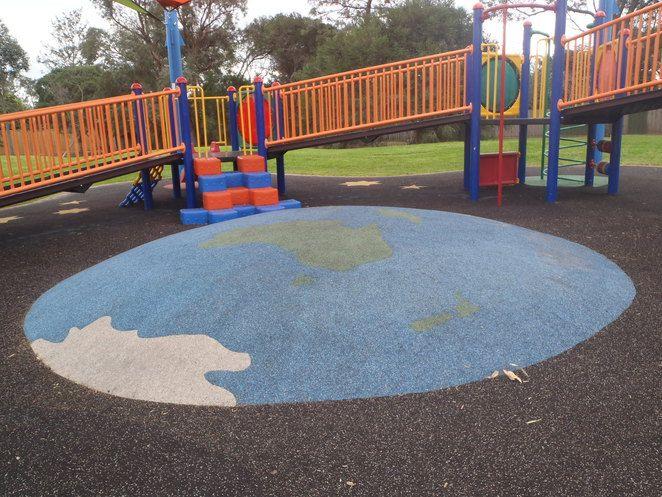 Ormond: Joyce Park, playground equipment, toddlers