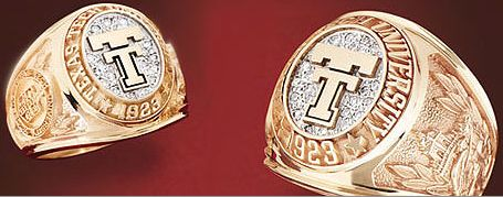 Get your OFFICIAL class ring right here on campus at the ...