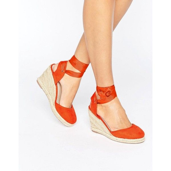 ASOS JUICIER Tie Leg Espadrille Wedges (1,095 THB) ❤ liked on Polyvore featuring shoes, sandals, red, lace up wedge espadrilles, braided wedge sandals, laced sandals, red wedge sandals and wedge sandals