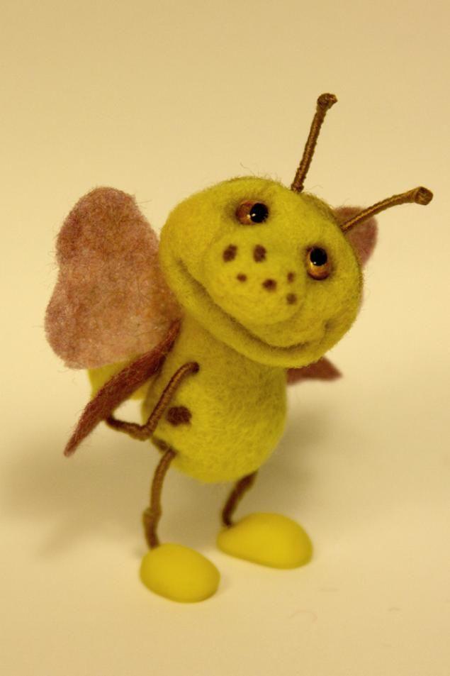 """""""Букашка""""- миниатюрная игрушка из шерсти - Ярмарка Мастеров - ручная работа, handmade"""