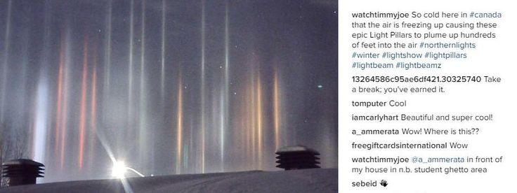 Les piliers solaires se produisent au lever ou au coucher du soleil ou de la lune, lorsqu'il fait très froid et que des cristaux de glace sont en suspension dans l'air.