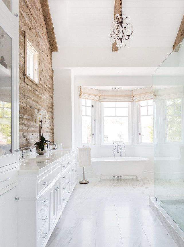 Home Bunch, 20 Best Farmhouse Bathrooms via A Blissful Nest