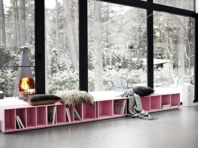 Get cosy. Get Candy Floss. Bench in the colour Candy Floss. Build your Montana dream in our drawing app✏️  Montana.dk #montanafurniture #danishdesign #bench #nordichome #nordicdesign #nordicdeco #wohninspiration #wohnideen #benk