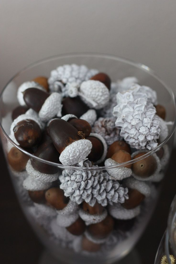 The 25 best acorn crafts ideas on pinterest what is cap for Acorn decoration