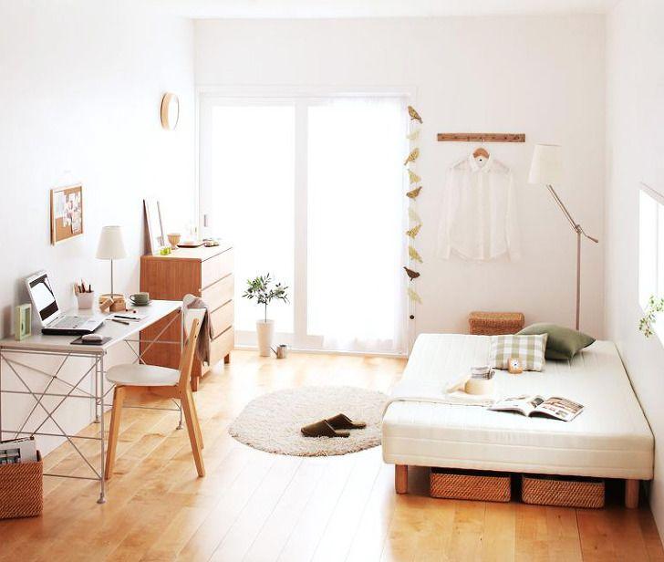 자신만의 공간을 만들어 편안한 휴식을 갖고 있나요? 넓다고는 할 수 없는 원룸 방에도 가구를 어떻게 배치하느냐에 따라 더 아늑한 공간을 만들 수 있습니다. 이번에는 스타일 별로 10평 원룸 꾸미기를 한 코디를 배우면서 최적의 가구배치 패턴을 소개합니다. 원룸에서 혼자 사는 데 필요한 가구 혼자 사는데 최소한의 가구는 무엇이 필요할까요? 방의 넓이가 10평 정도 된다면 그 안에 가구를 많이는 놓을 수 없을 텐데요 아..