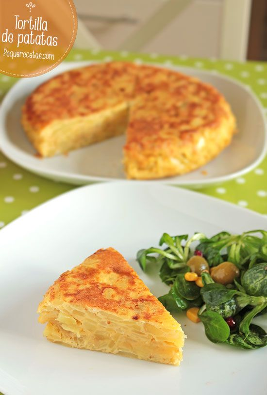 Tortilla de patatas con cebolla receta en video.  I also like to use garlic instead of onion.  Good also with a little chorizo or with parsley.