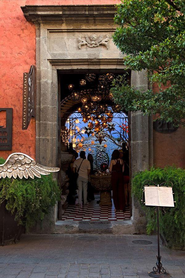 Origen restaurant in Tlaquepaque by Hugo Perez - Photo 146435435 / 500px