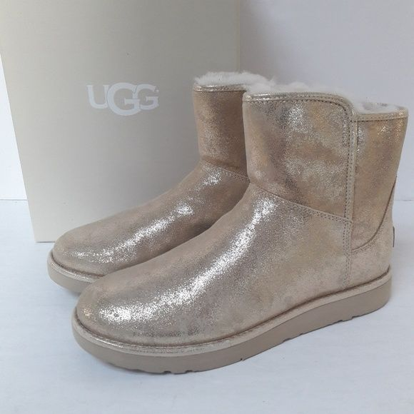 3be5425872a New UGG Gold Abree oots Size 9 Brand new in box, UGG Agree Mini ...