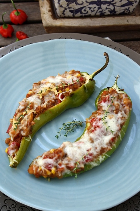 Caribbean Chilli Stuffed Peppers