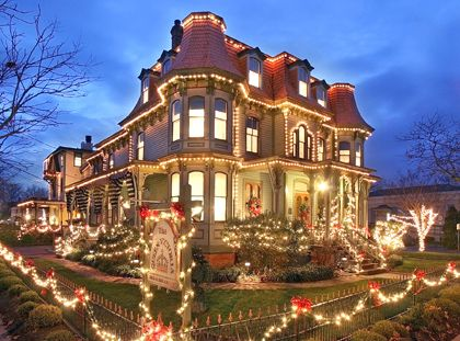 Victorian House with Christmas Lights / - - Your Local 14 day Weather FREE > www.weathertrends360.com/dashboard No Ads or Apps or Hidden Costs