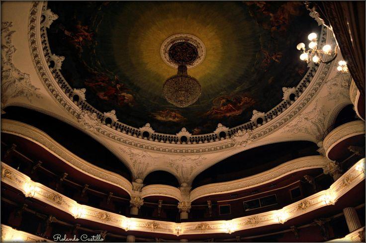 Teatro Municipal de Santiago by Rolando Castillo on 500px