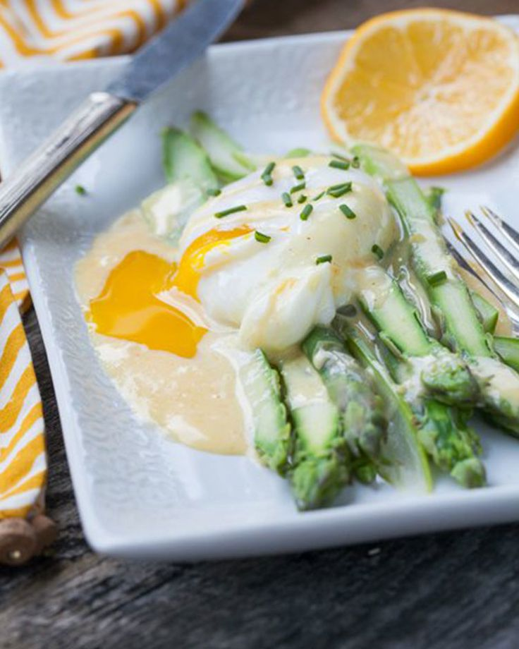 16. Asparagus Benedict- Fry a hashbrown patty in place of an English muffin