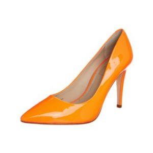 Oranje damesschoenen met hoge hakken in een pittige oranje lak kleur. Deze oranje pumps zijn van het schoenenmerk Mario Giordano uit Milaan in Italië. Ga helemaal in oranje stijl naar je oranje feesten zoals Koningsdag, de Olympische Spelen of het WK voetbal met deze oranje lakschoenen.