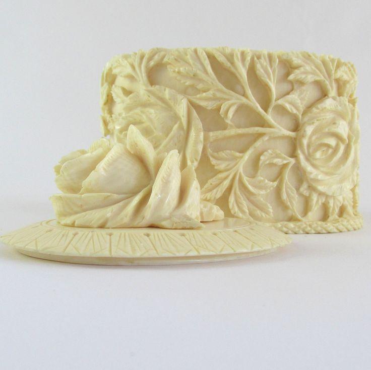 c1890 Ivory Trinket Box