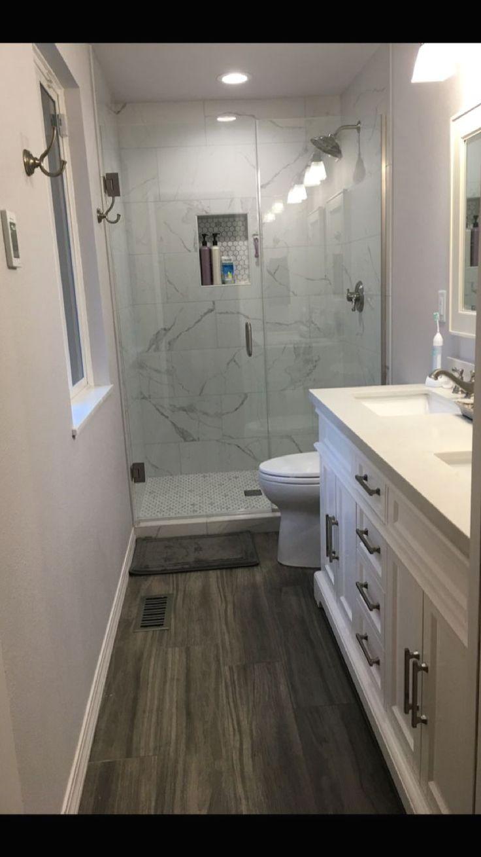 18+ Charming Rustic Bathroom Remodel Farmhouse Style Ideas