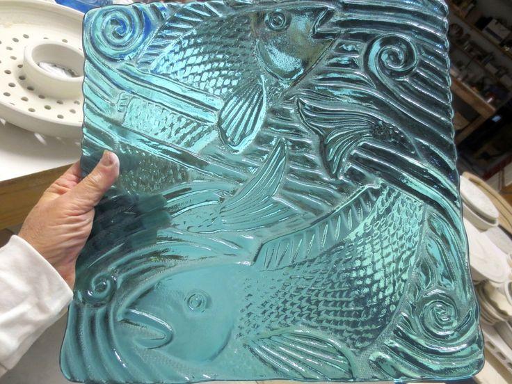 make an impression on iridized glass or transparent glass. free tutorial