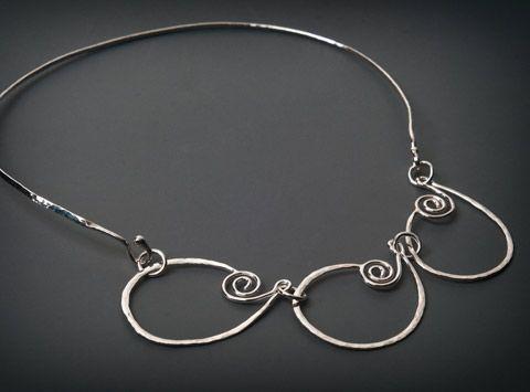 Silverhalsband | Halsband i silver från Liselotte Klingener Silversmycken & Design | Handgjorda smycken i silver med tidlös design, halsband, armband, ringar, örhängen m.m.