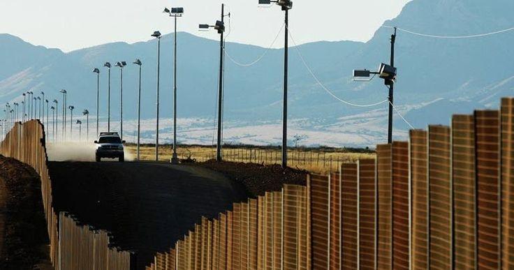 Το Μεξικό δημιουργεί κέντρα νομικής βοήθειας για μετανάστες στα προξενεία του στις ΗΠΑ