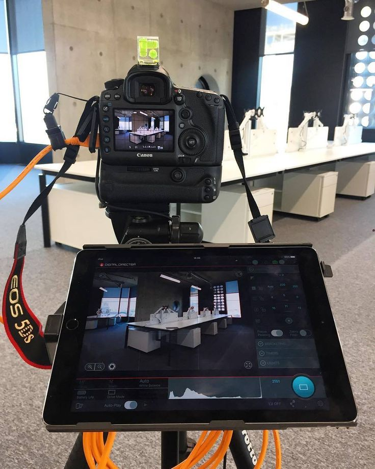 Want to tether with a cable into an iPad? You can with the Digital Director! Shop now at www.tethertools.com  #repost #manfrotto #digitaldirector proving a really useful new tool! #Canon @manfrottoimaginemore #interiors #photography #ipad #apple #tethertools ( # @davep_photo via @latermedia )