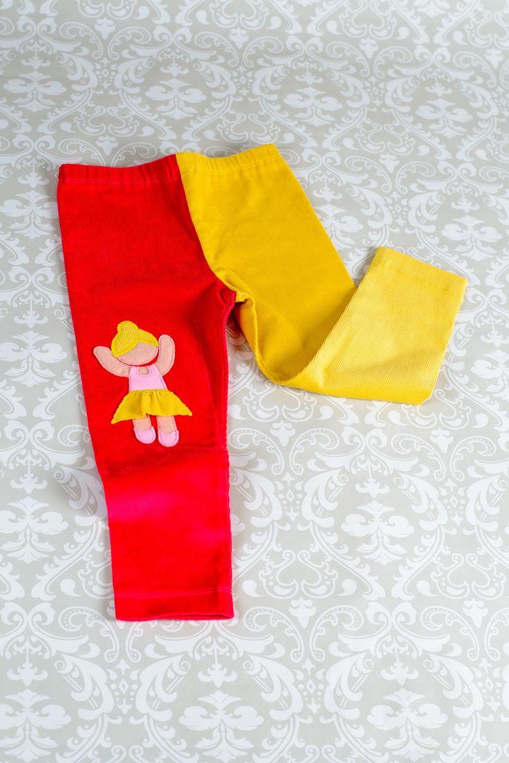 Pantaloni balerină în 2 culori, din catifea fină raiată Mărimi disponibile 4ani - 8ani Preț pe www.bumbix.shopmania.biz