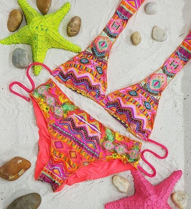 Y si lo que necesitas es un 👙 aquí te traemos más diseños para que disfrutes 🏖 Disponibles en #LolaAccesorios #VestidosDeBaño #swimwear