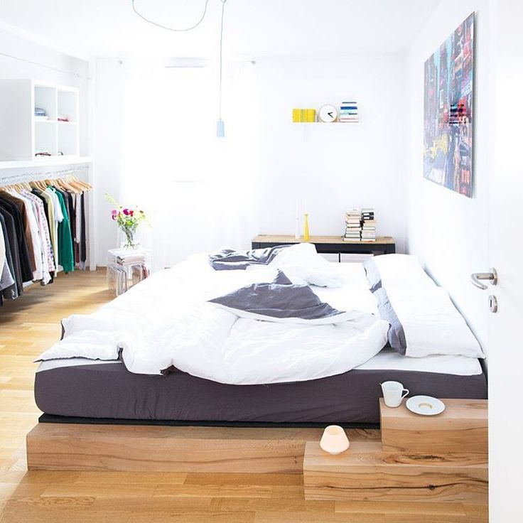 """Gefällt 858 Mal, 58 Kommentare - My home, my DIYs 💭 (@sammydemmy) auf Instagram: """"Tadaaaaa, unser neues DIY-Bett 🎉🎉🎉 Bestehend aus einer Unterkonstruktion und meiner neuen…"""""""
