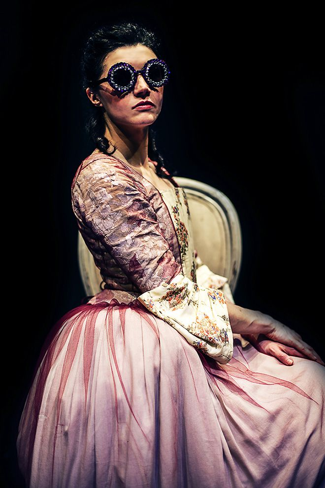 Erika Zolli - Look at me, Modern Times