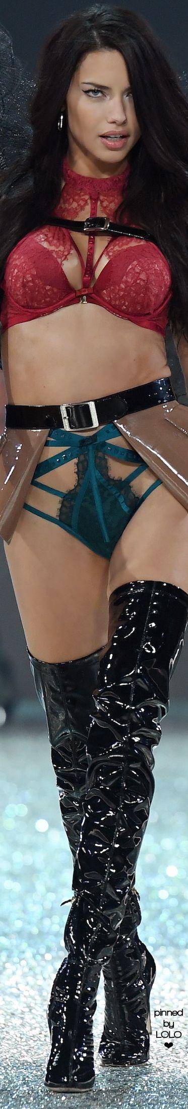 Adriana Lima 2016 Victoria Secret Fashion Show | LOLO❤︎
