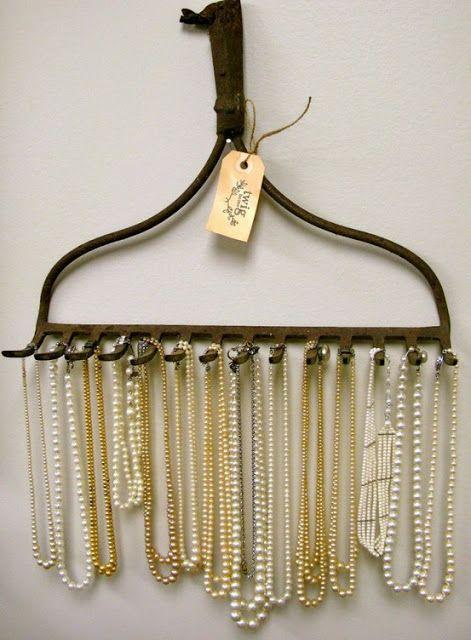 Rake Necklace Display | My Morning Inspiration