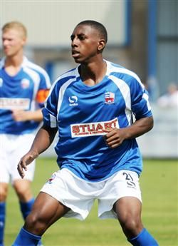 Amari'i Bell in action during his loan spell with Nuneaton Town. August 2013. #BCFC