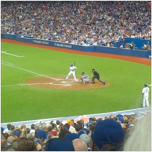 Bottom of the 6th. 5-1 #bluejays #skydome. Let's go all the way.