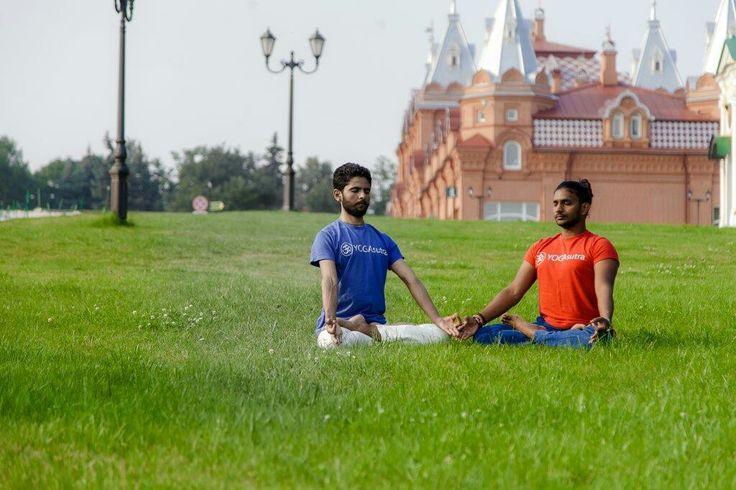 Хочешь увидеть фото полностью?  Заходи к нам на йогу в профайл @yogasutraOM #I_love_yoga  #yoga_in_moscow #yoga #indian #india #azizkirkere #Yogasutra #yogasutraom #йогакаждыйдень #moscow #йога_в_Москве #я_люблю_йогу #мск #йога #здоровье #азиз_Киркере #марафон #iloveindia  #Moscow #йога_ленинский_проспект  #АзизКиркере #занятие_йогой  #ленинскийпроспект