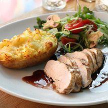 (10 pp) Gratinerade potatishalvor med kyckling och rödvinssås (Testat: mycket gott!)