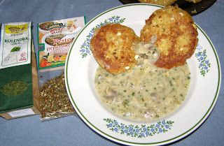 W Mojej Kuchni Lubię.. : sos pieczarkowy z kolendrą...