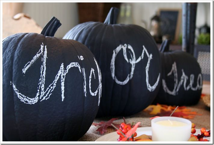 Not into carving? Well how about chalkboard pumpkins? We love this fabulous idea for all ages!