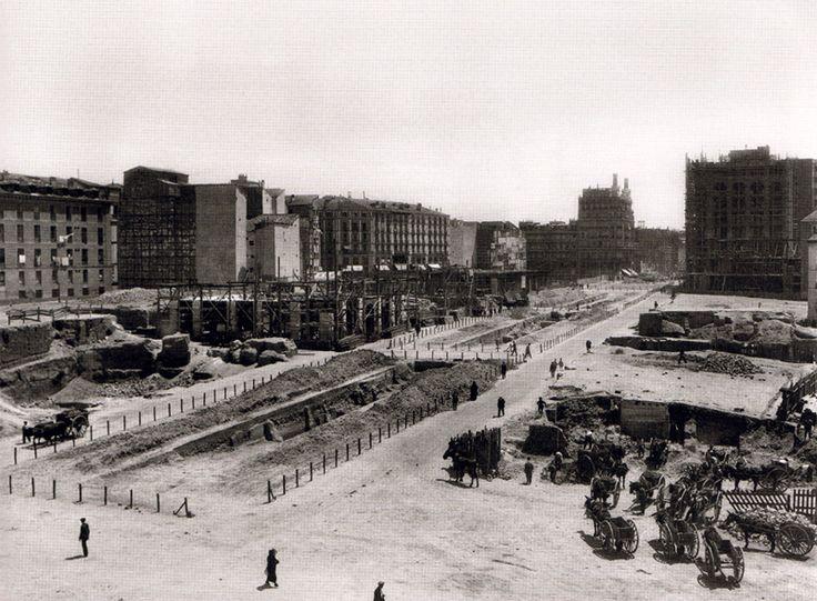Obras en el segundo tramo de la Gran Vía. 1921