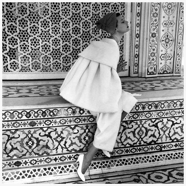 Photo by Norman Parkinson for Vogue UK, 1974. Description from uk.pinterest.com. I searched for this on bing.com/images