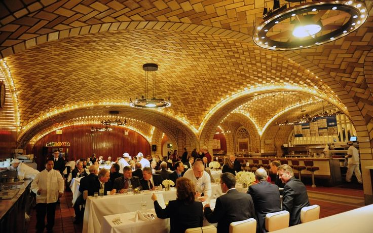 Best Restaurants Train Stations: Grand Central Oyster Bar is a New York City landmark. Opened in 1913 on the lower level of Grand Central Terminal, the oyster bar was both an architectural beauty and go-to stop for travelers coming to and from New York. To this day, it remains one of the best places for oysters in a city full of options, and the kind of restaurant that inspires food writers to wax nostalgic for its Manhattan clam chowder and timeless ambiance.