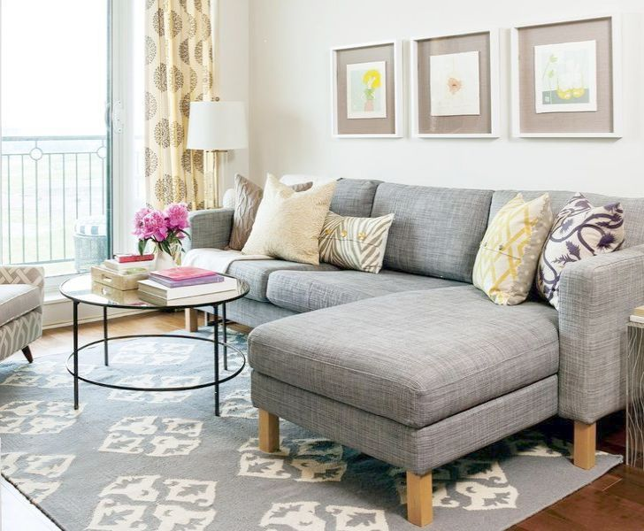 10 Seating Arrangements in a Small Living Room | HomeInAwe
