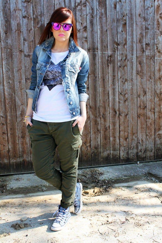 amemipiacecosi: Outfit: Una t-shirt con stampa cuore, pantaloni militari e occhiali maculati rosa  More pics here http://amemipiacecosi.blogspot.it/2014/04/outfit-una-t-shirt-con-stampa-cuore.html  #heart #cuore #tshirt #printedtshirt #cargopants #militarypants #military #ootd #outfit #sportylook #sporty #denimjacket #denim #sneakers #studded #studs #studdedsneakers #glasses #sunglasses #eyewear #madeinitaly #pink #leopard #italiaindependent #drykorn #mariopini #abnstyle