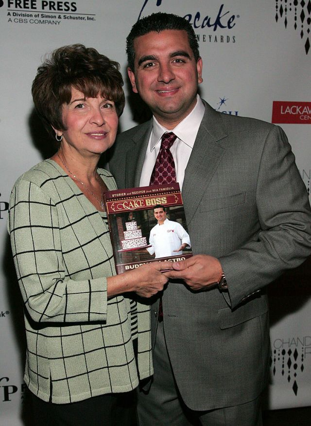 Hoboken Rises Up To Support The Cake Boss After His Mother's Death