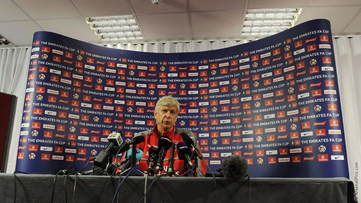 Pics: Behind the scenes at media day http://www.arsenal.com/news/news-archive/20170420/behind-the-scenes-at-media-day?utm_campaign=crowdfire&utm_content=crowdfire&utm_medium=social&utm_source=pinterest