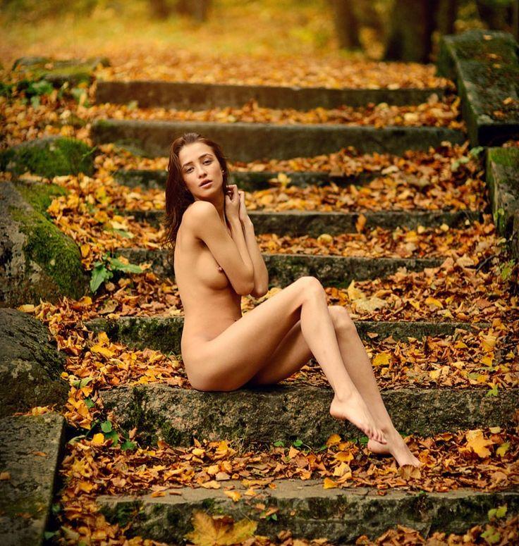 Nude Fall 81