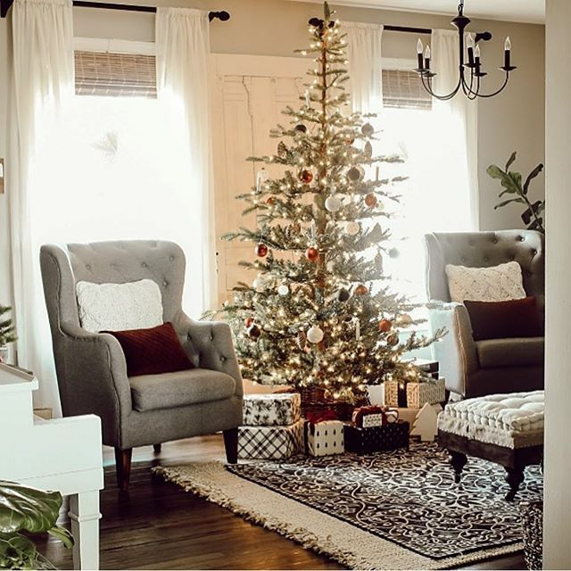 Here S Another Look At My Christmas Tree Last Year I Can T Wait To Get My Tree Up This Year My Decorating Has Been Delayed By The Water Damag Con Imagenes Navidad