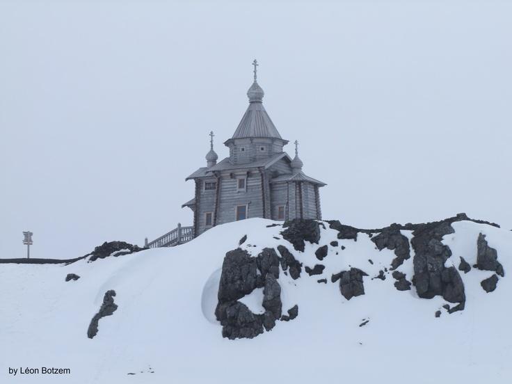 Die Kirche im ewigen Eis - Russisch-orthodoxe Dreifaltigkeitskirche in der Antarktis