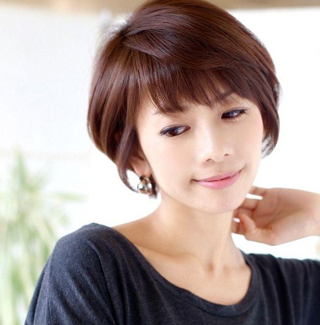 40歳を過ぎると様々な髪の悩みも増えてきて、もう嫌になっちゃう!という女性の方は多いはず。そして自分にどんな髪型が似合うのか、若作りし過ぎるのもちょっと・・・自分に合った歳相応の髪型になりたいですよね。 いくつになってもキレイな女性が増えてほしいから♪
