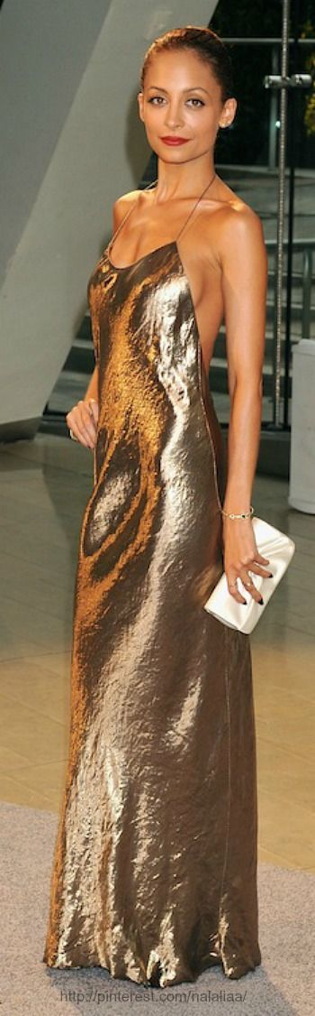 Nicole Richie- less is more!