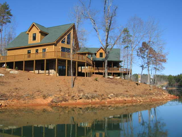 lakefront vacation homes in south carolina built with log siding from